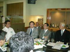 兵庫県知事の井戸敏三さんがTANTO屋に来られました。
