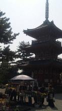 鶴林寺を歩きます。