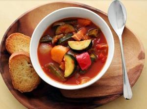 夏野菜があれば、作りたくなるのがラタトゥイユです。